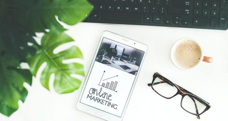 Защо да рекламирате бизнеса си онлайн?
